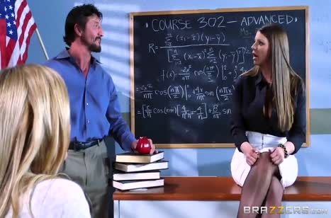 Учителя замутили групповой трах после работы